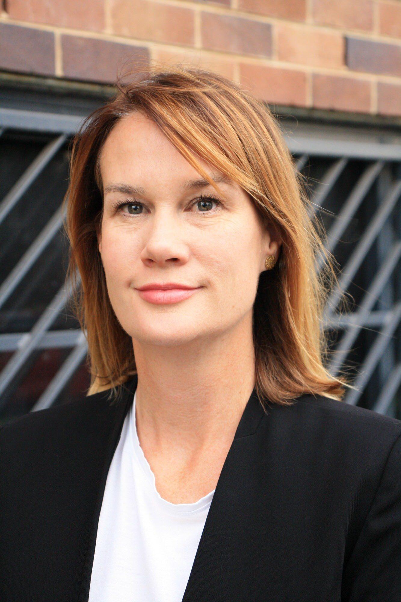 Dr Alison Barnes, 2018