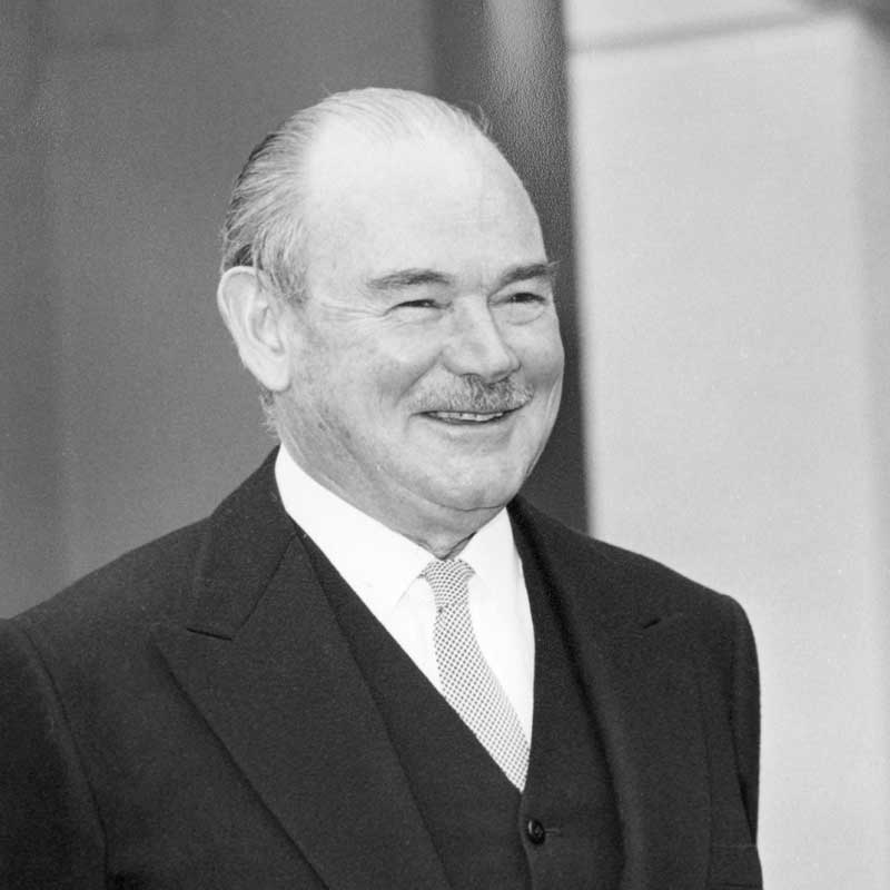 Rt Hon Sir Paul Hasluck MP KG GCMG GCVO (1968)